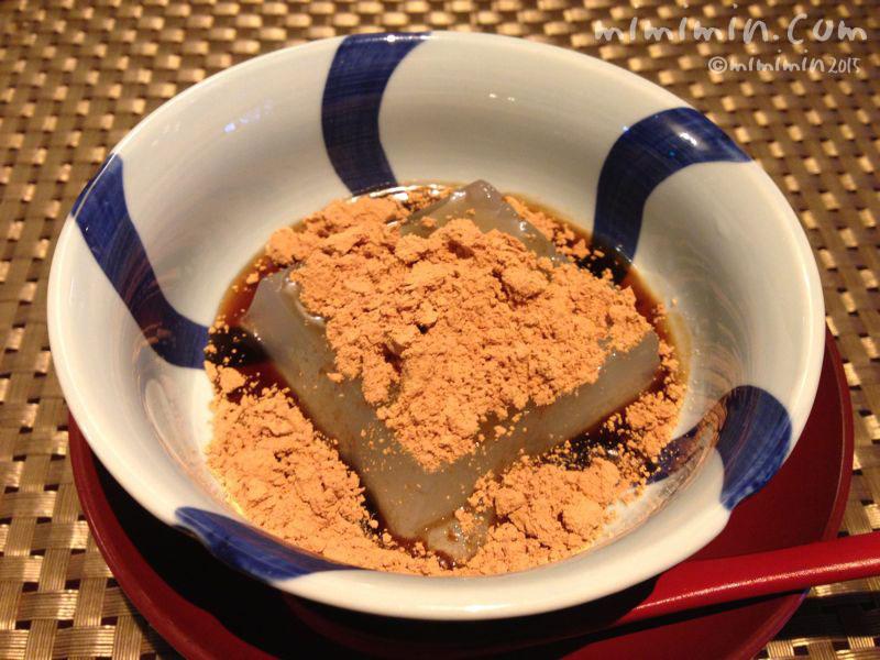 桜撫庵のランチのわらび餅の写真
