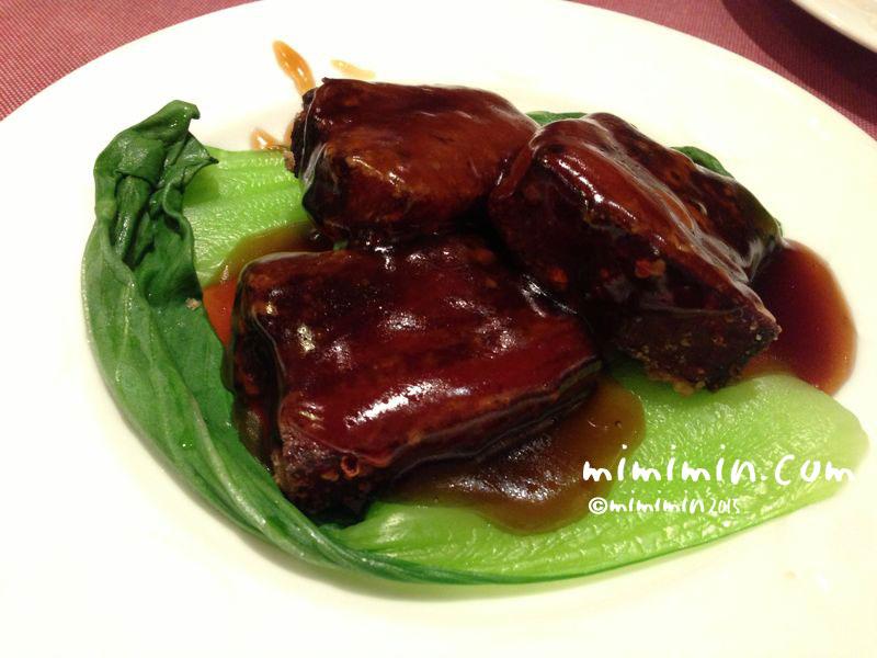 中華料理の酢豚の写真