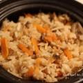 土鍋で作る炊き込みご飯の写真