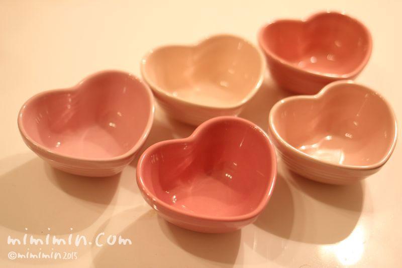 ル・クルーゼのハートの小皿の画像