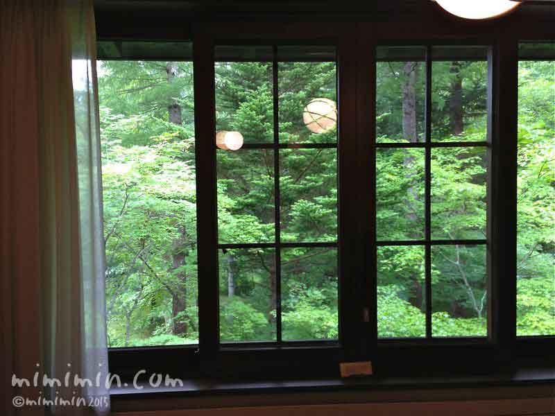 軽井沢万平ホテルのウスイ館の部屋の写真