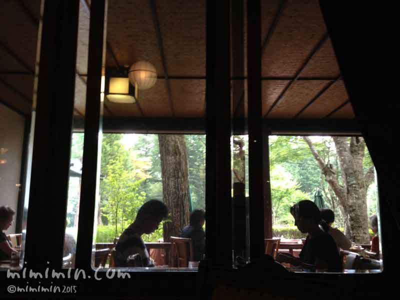 軽井沢万平ホテルのカフェの写真