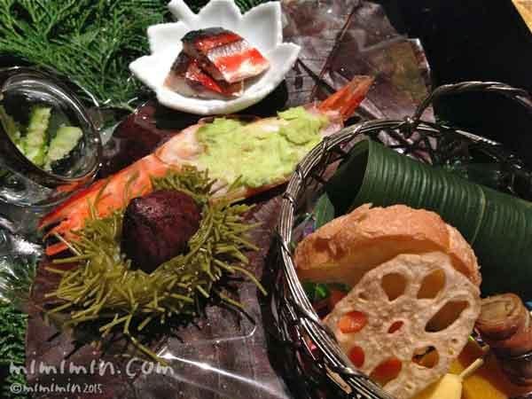 月のうさぎの夕食の前菜の写真
