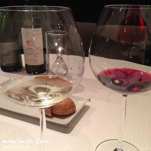 ジョンティアッシュ・ワイン白と赤の写真