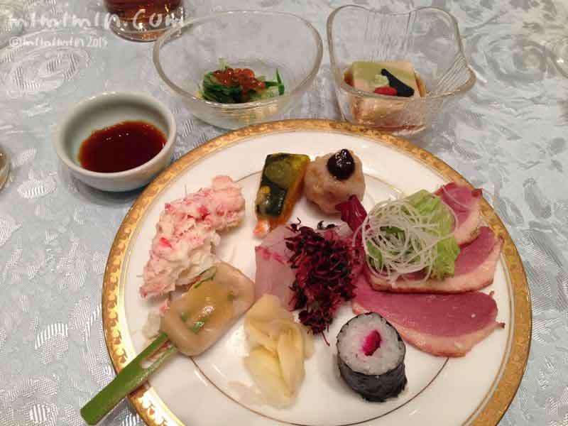 ウェスティン都ホテル京都のパーティー会場のビュッフェの写真