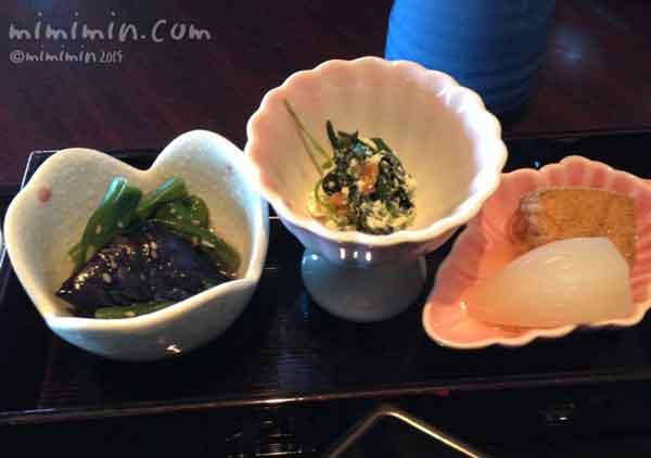 朝食の小鉢の画像