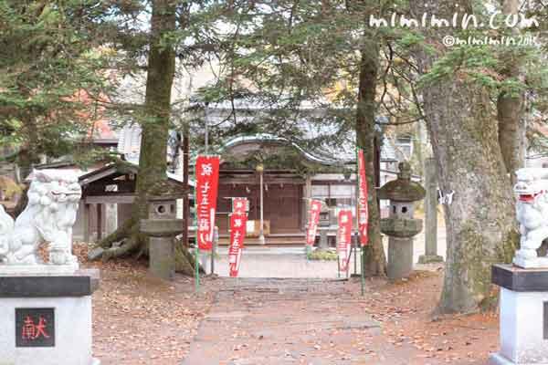軽井沢の神社の写真