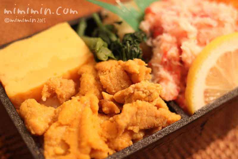 ウニのちらし寿司の画像