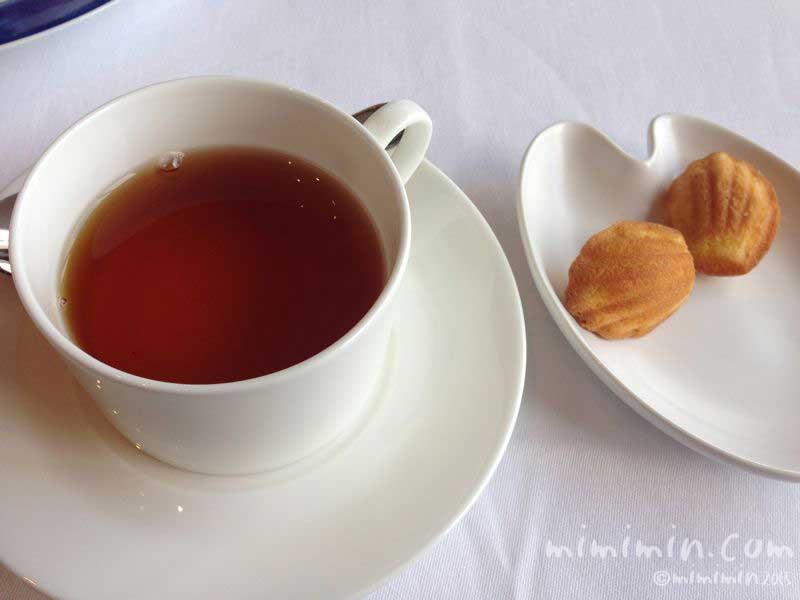 紅茶と野菜のマドレーヌの画像