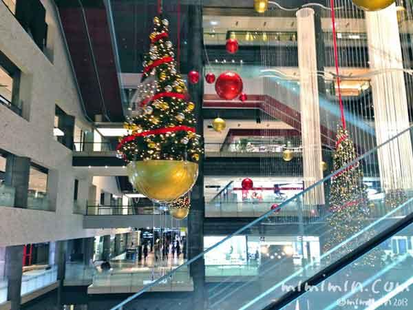 グランフロント大阪のクリスマスツリーの画像