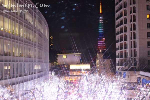 東京タワーのライトアップの写真