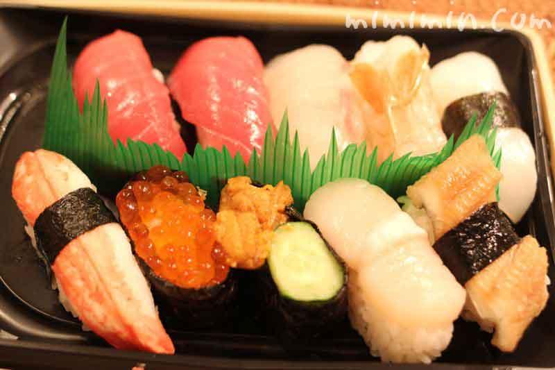 デパ地下のにぎり寿司の画像