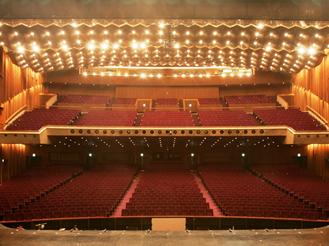 帝国劇場の座席の画像