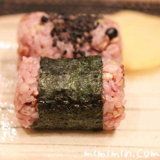 十六穀米のおにぎり・レシピの画像