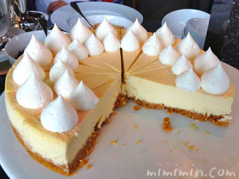 新宿パークハイアット・ニューヨーク・グリルのランチのデザートビュッフェのケーキ