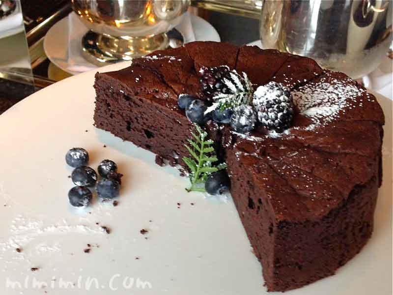 新宿パークハイアット・ニューヨーク・グリルのランチのデザートビュッフェのケーキの写真