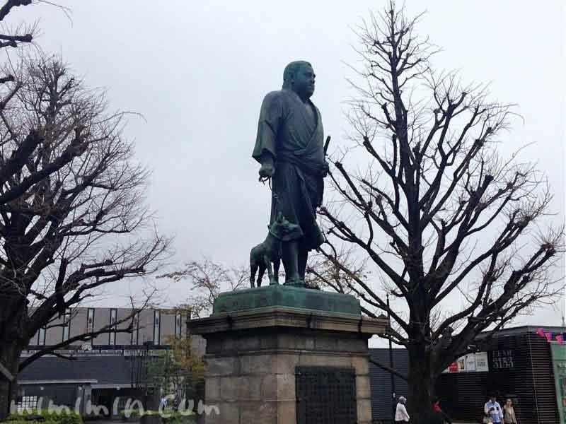 西郷隆盛の銅像の画像