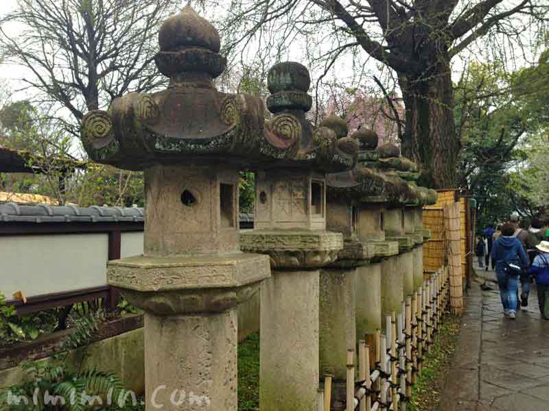上野公園の灯籠の写真