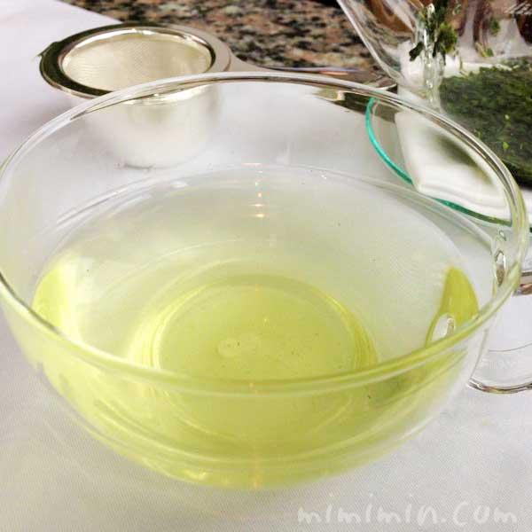 ピークラウンジのアフタヌーンティーのかぶせ茶の画像