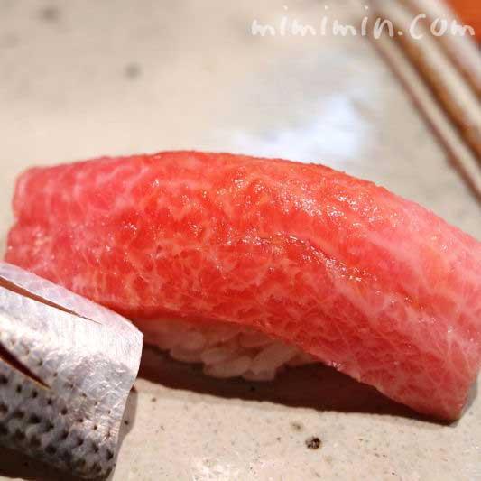トロのにぎり寿司の写真