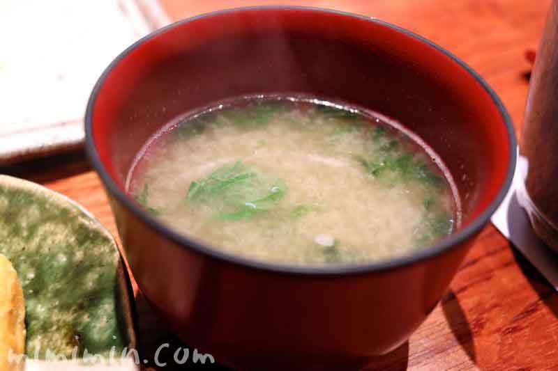 味噌汁(松栄)の写真