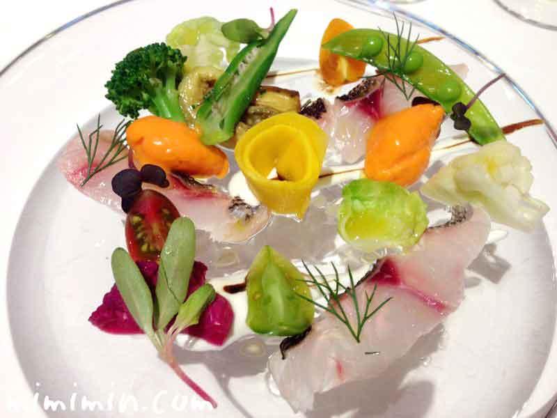 夏の旬魚のマリネと赤パプリカのムース 色とりどりのお野菜(リストランテASO)