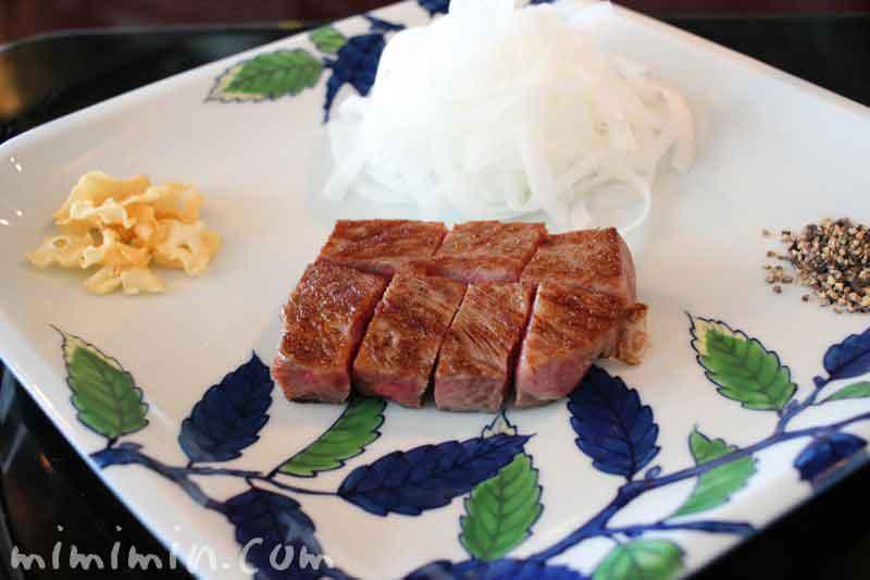 表参道うかい特選牛ステーキの写真