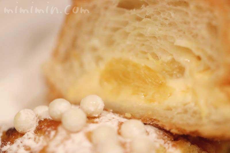 甘夏とパッションフルーツのクロワッサン|ジョエル・ロブションのパンの画像