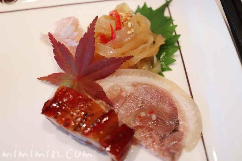 広東式焼き物入り前菜盛り合わせの写真