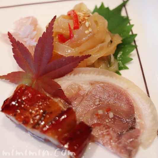 広東式焼き物入り前菜盛り合わせ|ヘイフンテラス ザ・ペニンシュラ東京の中華料理の写真