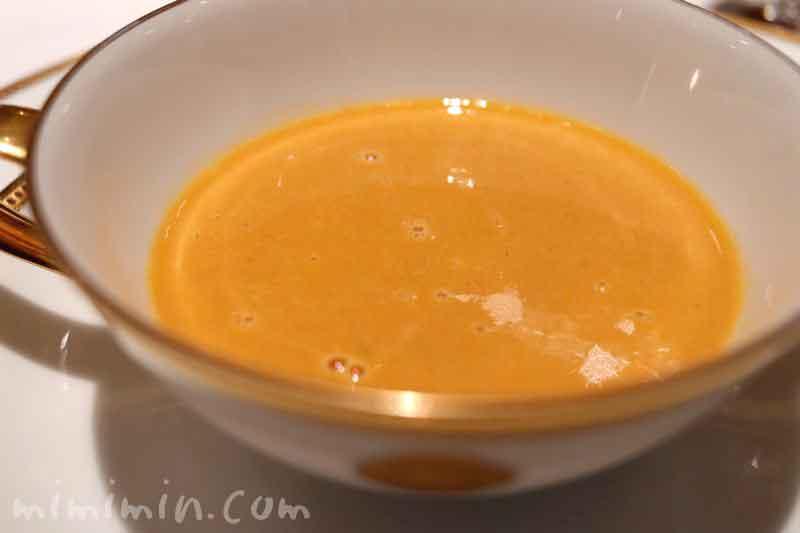 オマール海老のジュレとカリフラワークリームスープ|資生堂パーラー(銀座本店レストラン)の画像