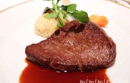 飛騨牛フィレ肉のステーキ マデラソースの画像