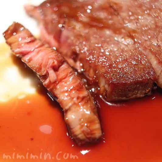 飛騨牛フィレ肉のステーキ マデラソース|資生堂パーラー(銀座本店レストラン)の写真
