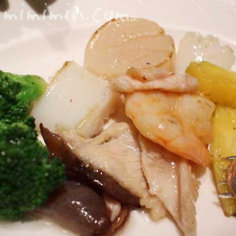 海鮮と鶏肉、野菜の炒め|龍天門の写真
