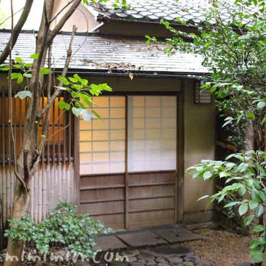 山の茶屋の入口(鰻懐石)の写真