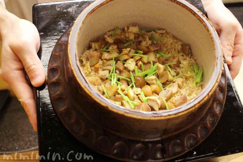 地鶏と栗の御飯|赤坂 菊乃井