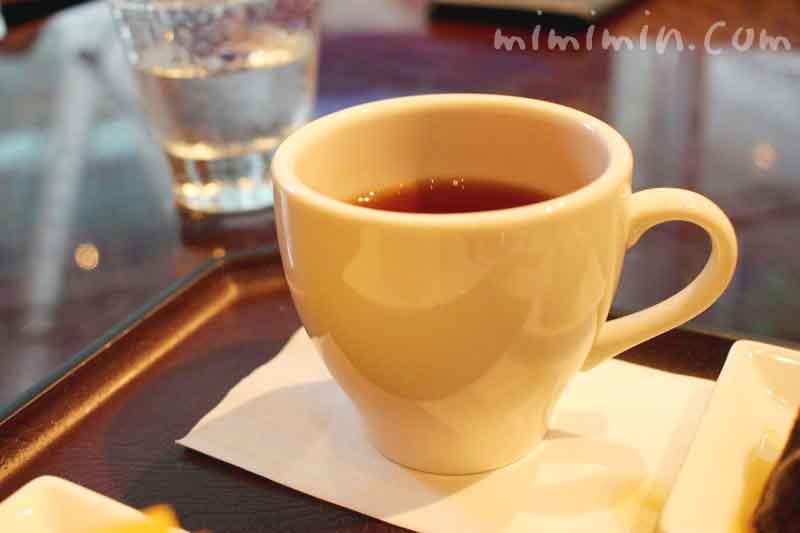 ザ・リッツ・カールトン カフェ&デリの紅茶の画像