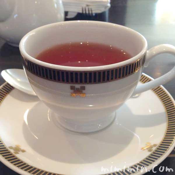 帝国ホテル「インペリアルラウンジ アクア」の紅茶の写真