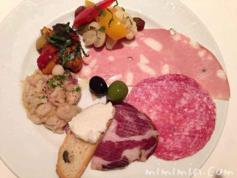 前菜盛合せ|イル・バッフォーネ(恵比寿のイタリアン)のディナーの写真