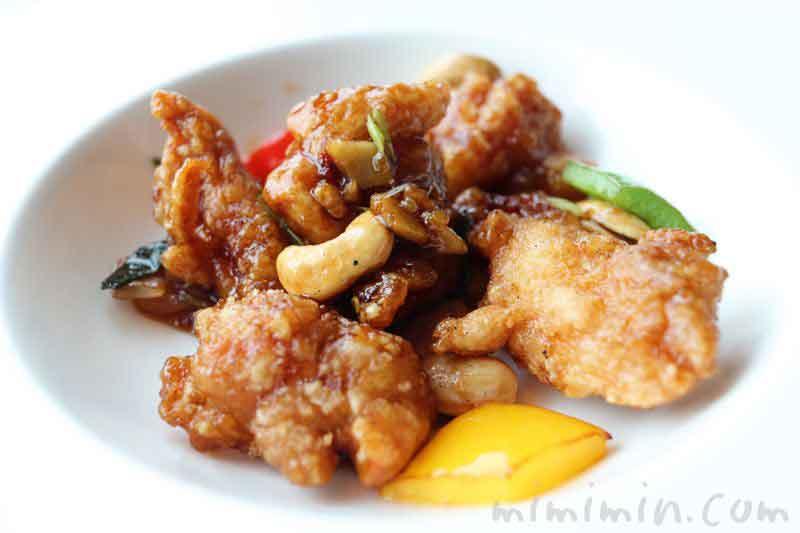 鶏腿肉とカシューナッツの甘辛炒め|広東料理 センスの画像