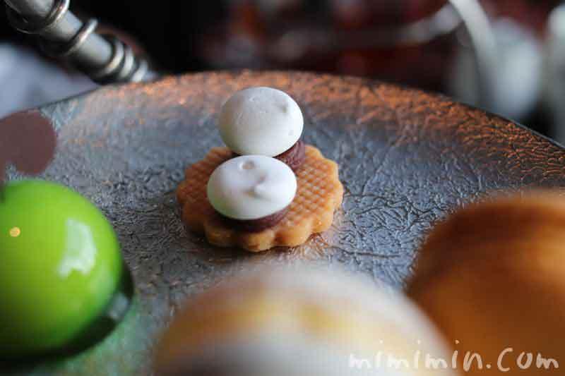 セップ茸ガナッシュ|パレスホテル東京のアフタヌーンティーの画像