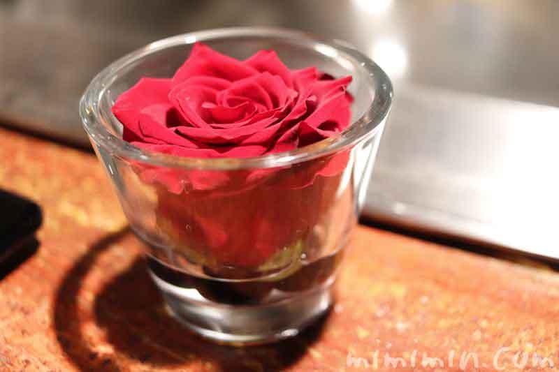 銀座うかい亭のバラの花の画像