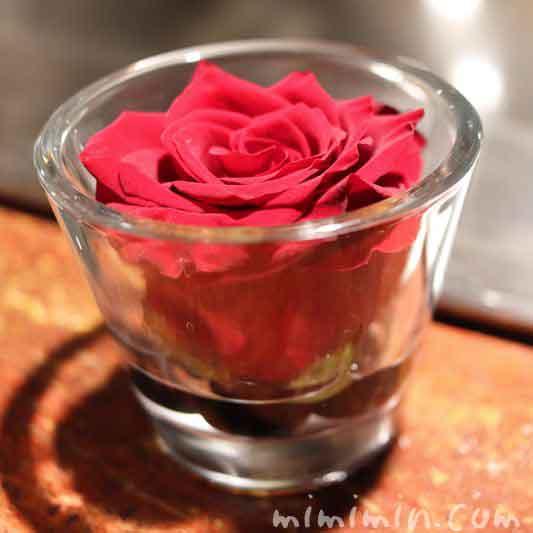銀座うかい亭のバラの花
