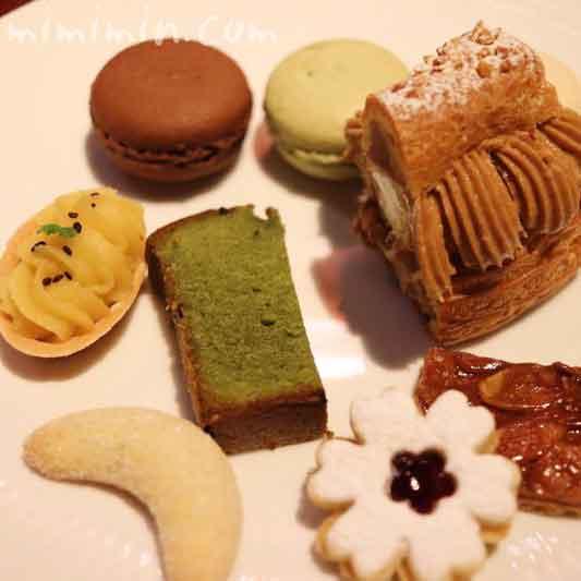 小菓子(プティフール)|銀座うかい亭のランチの画像
