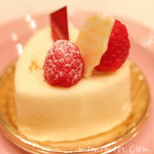 ジョエルロブションのショートケーキ「ブランブラン」の画像