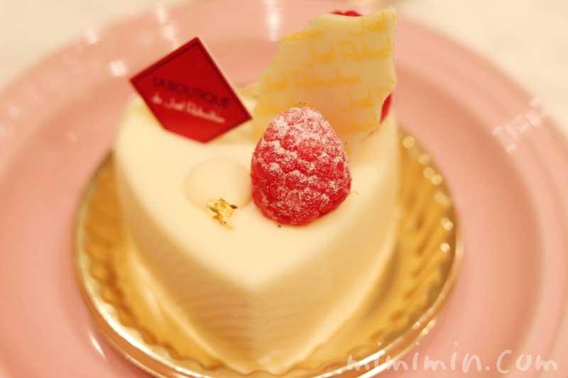 ジョエルロブションのショートケーキ「ブランブラン」(クリスマスバージョン)