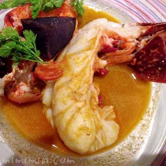 フランス・ブルターニュ産オマール海老 ブイヤベース仕立て|レストラン ヒロミチ|恵比寿の写真