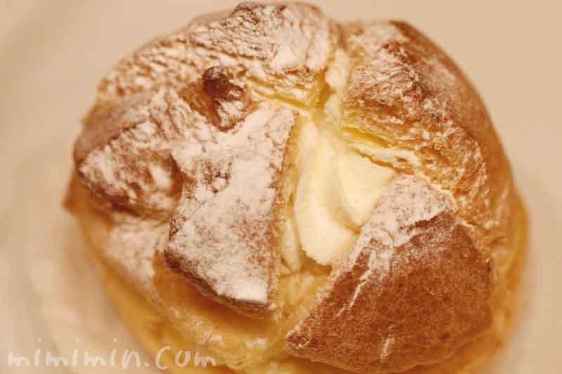 プディング・シュー|アンリ・シャルパンティエのケーキの写真