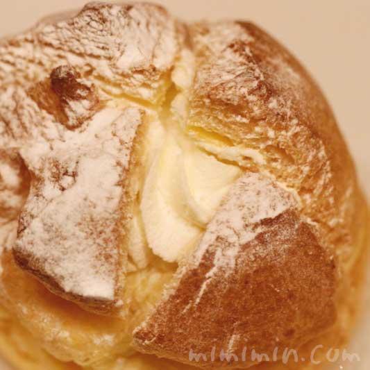 プディング・シュー|アンリ・シャルパンティエの洋菓子の画像