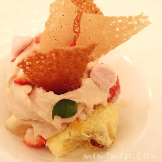 パネットーネ 苺 ホワイトチョコレート|リストランテセンソのデザートの画像